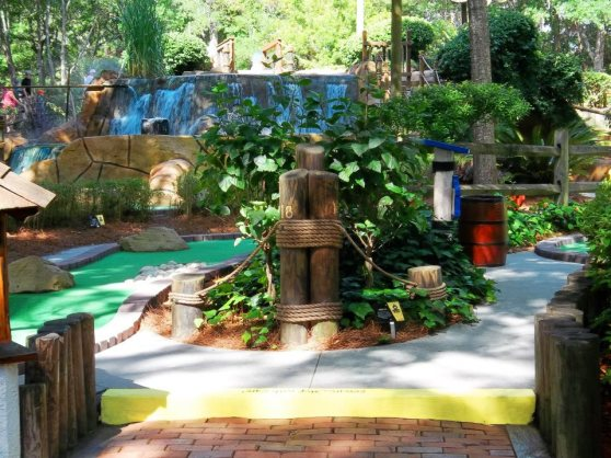 Pirates Island Adventure Golf