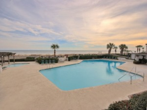 Oceanfront Pool at Sea Crest