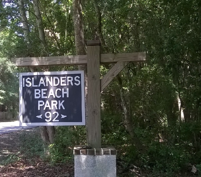 islanders sign