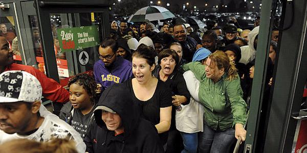 black-friday-crowd.jpg