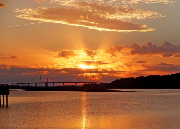 sunset_over_skull_creek_in_hilton_head_island__sc_by_winterface-d6to01a