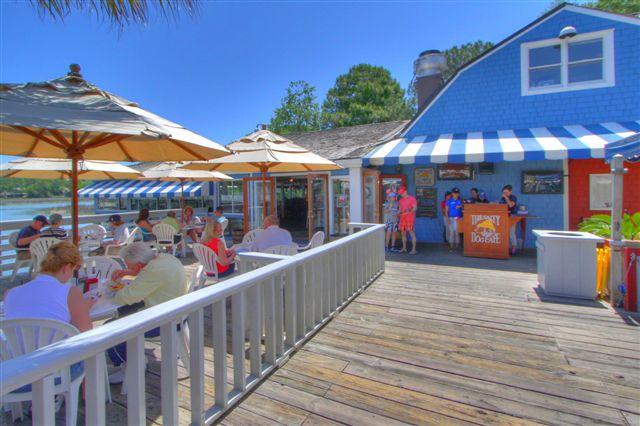 satly-dog-cafe-south-beach-marina2