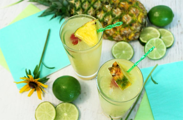 Pineapple-Coconut-Mojito.jpg